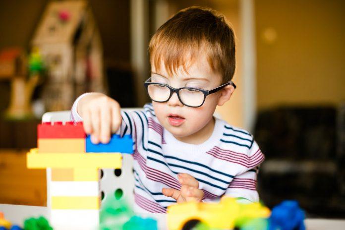 6 Mainan Terbaik Untuk Anak Autisme
